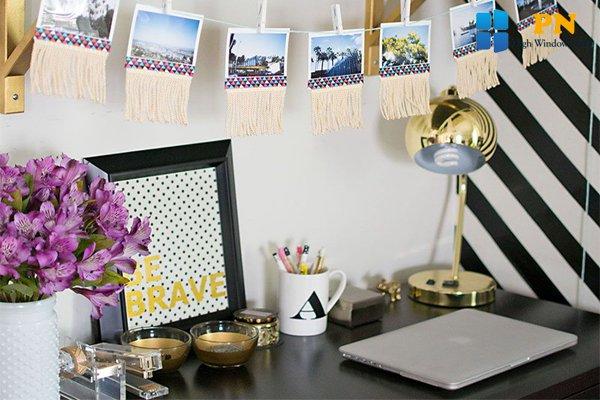 Trang trí bàn làm việc bằng giấy dán kính
