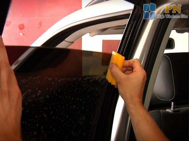 dán kính cách nhiệt xe ô tô khi mới mua